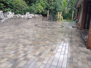 CLEANING DECKS+INTERLOCK AND CONCRETE AND DRIVEWAY SEALING