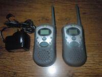 WALKIE TALKIES TWO WAY RADIO SET