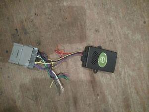 EGM2KF boitier convertisseur pour auto radio sur GM Saint-Hyacinthe Québec image 4