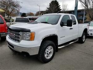2013 GMC S. 2500HD SLE EXT/CAB 4X4-DRIVES STUNNING-BLACK FRIDAY