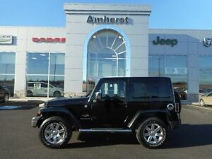 2013 Jeep Wrangler SAHARA 4X4 HARD TOP
