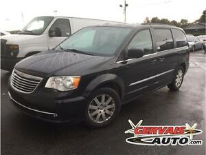 Chrysler Town & Country Touring 7 Passagers A/C MAGS 2014