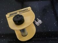 Maypole caravan security hitch lock