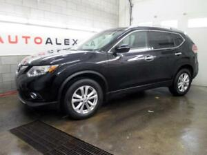2015 Nissan Rogue SV AWD TOIT PANOR. CAMERA MAGS **43$/SEM**