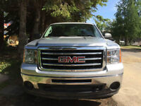 2013 GMC Sierra 1500 SLE Pickup Truck REDUCED FOR QUICK SALE