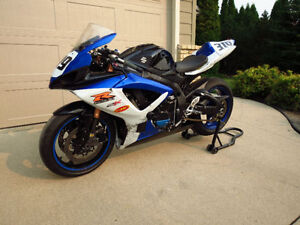 Track only 07 GSXR 750 $2900 - title in hand
