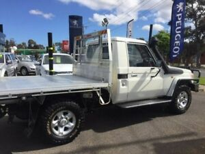2015 Toyota Landcruiser White Manual Cab Chassis
