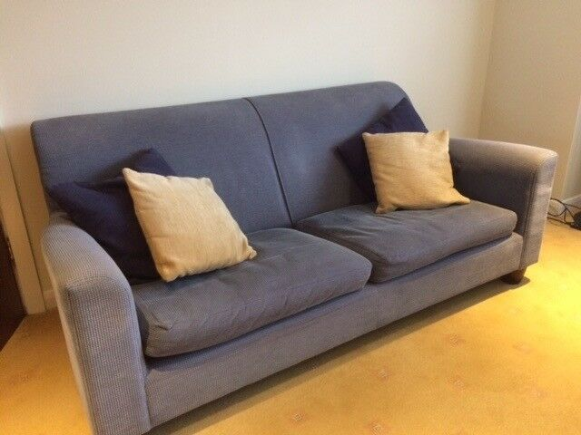 3 Seater Sofa + 2 Armchairs (Non Smokers Non Pets House) Good Condition cushions included