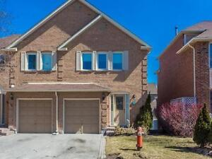 3Bdrm Townhouse steps from Promenade!
