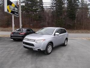 2014 Mitsubishi Outlander ES AWD FINANCE FOR $149 BIWKLY TAX INC