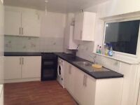 Well Presented Three Bedrooms Terraced House Located in Hayes ,closet o Shops & Transport