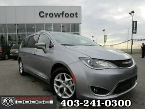 2018 Chrysler Pacifica TOURING-L PLUS WITH DUAL DVD & SUNROOF