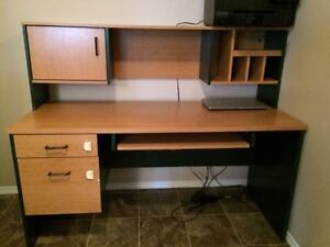 Computer Desk (need gone by Oct 1)