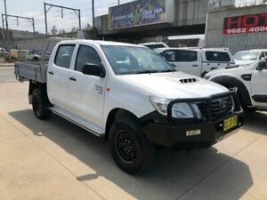 2011 Toyota Hilux KUN26R MY12 SR Double Cab White 5 Speed Manual Utility Granville Parramatta Area Preview