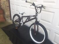 Vintage Special Hot Wheels Edition BMX GT 4130 Bike With Stunt Ramps Only £100