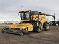 """2012 New Holland CR9090 """"Z"""" Elevation Combine - Tier 3, 1022hrs"""