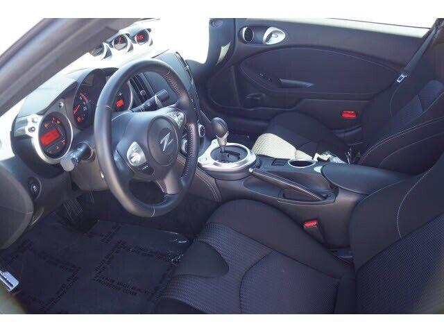 Image 7 Voiture Asiatique d'occasion Nissan 370Z 2014