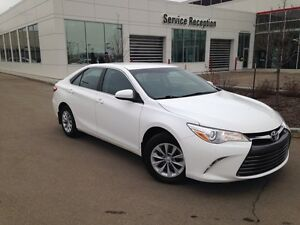 2016 Toyota Camry LE Backup Cam, Steering Wheel Bluetooth & Audi