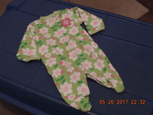 Girl's Carter's Newborn Sleepers/Onesie