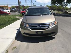 2011 HONDA ODYSSEY  EX-L,SUN ROOF ,DVD,LEATHER ,MINT CONDITION
