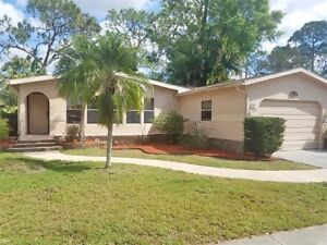 For Sale - Florida vacation home (furnished, car included!)