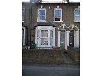 2 bedroom house in Cranbourne Road, Stratford, London, E15