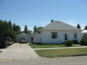 5214 - 44 Ave - Taber,AB