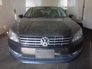 2012 Volkswagen Passat SEL Premium PZEV