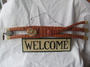 Cat Lover's Folk Art Welcome Sign