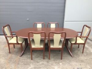Vintage Parker Double Extendable Dining Table with 8 Chairs