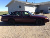 1994 Ford Crown Victoria - Only 2 Owners - Great Shape 109000 km