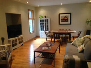 Furnished 2 BD on 2 Storeys in Little Italy