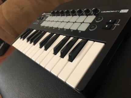Launchkey mini mk2 in excellent condiction