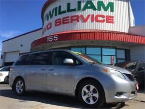 2011 Toyota Sienna LE Mobility 7-Passenger!