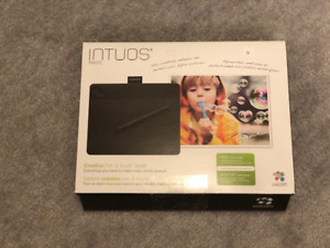 Wacom Intuos Photo - Creative Pen & Touch Tablet