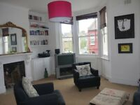 Light & Spacious 2 Bed flat - Queens Park NW6