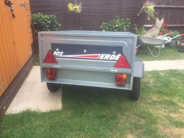 Brand New Tipping Trailer Great For Camping Fishing Etc Only £175