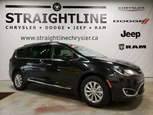 2017 Chrysler Pacifica Touring-L, One Owner, 8 Passenger, Low KM