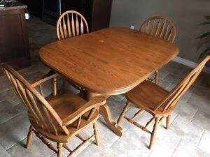 Custom Built Mennonite Kitchen Table and Chairs