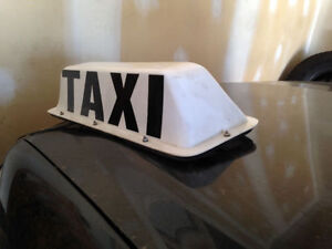 "Taxi sign large 24"" (magnetic roof top) Strathcona County Edmonton Area image 3"