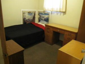 Furnished bedroom for single in Banff $540/mo. Available Nov1st-