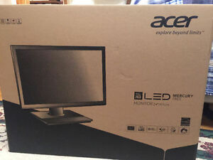 "Acer 24"" LED Backlight LCD Monitor sealed in the box West Island Greater Montréal image 4"