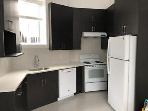 BRAND NEW,  2 BDRM, 2 BATH Laneway home - perfect for families