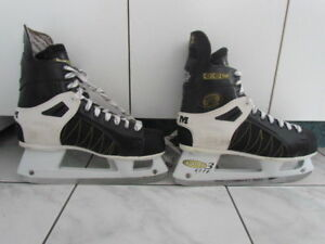 PATIN HOCKEY OU PATINAGE EXTERIEUR INTERIEUR, CCM TACK Gr 10.5