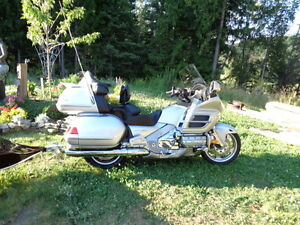 1800 GL.  A very reliable bike