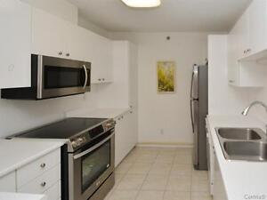 Waterfront condo! Great space! Lovely view!  SOLD! West Island Greater Montréal image 3