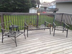 Patio Furniture $100 - PICK UP ONLY