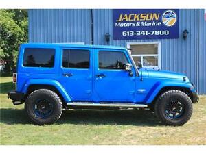 2015 Jeep Wrangler Unlimited Sahara *leather, NAV, One-Owner*