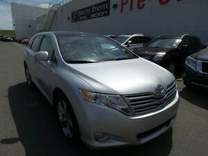 2011 Toyota Venza V6 AWD | Leather| Bluetooth | Sunroof/Moonroof