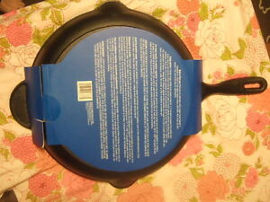 """new 12"""" cast iron cooking pan, 5105"""